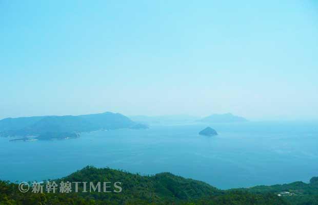 弥山山頂から眺める瀬戸内海